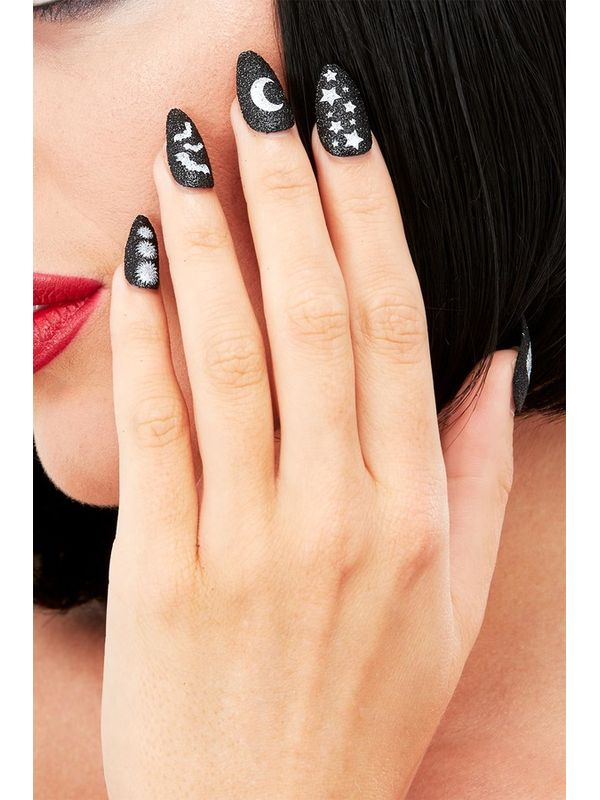Bewitching Nagels
