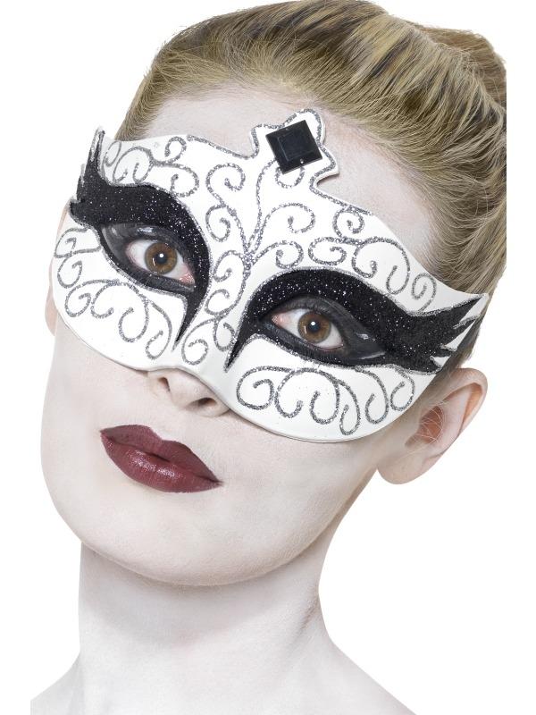 Gothic Swan Oogmakser